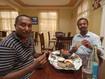 Essen mit meinen äthiopischen Freunden (c) Tobias Schorr