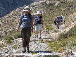 Abstieg von der Akropolis des antiken Theras (c) Tobias Schorr