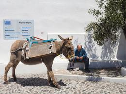 Am Buswendeplatz. Pyrgos/Santorini (c) Tobias Schorr, April 2017