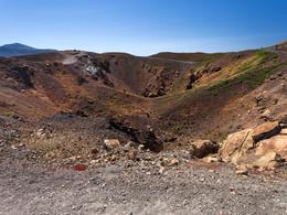 Blick in den Georgios-Krater von 1940, (c) Tobias Schorr, April 2017