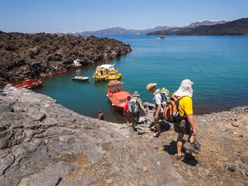 Kurz vor der Abfahrt von der Insel Palea Kameni. (c) Tobias Schorr