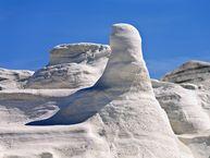 Weiße Tuff-Felsen in der Sarakiniko-Gegend