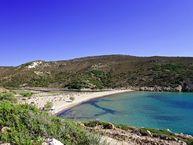 Der Angathia-Strand im Nordwesten der Insel Milos